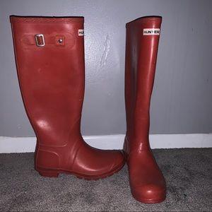 Hunter burnt orange/red rain boots